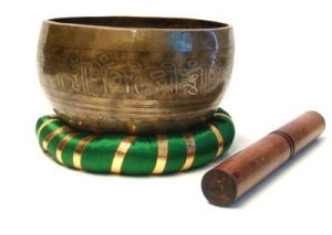 Hand-Hammered-Tibetan-Singing-Bowl-6-With-Striker-and-Pillow-0